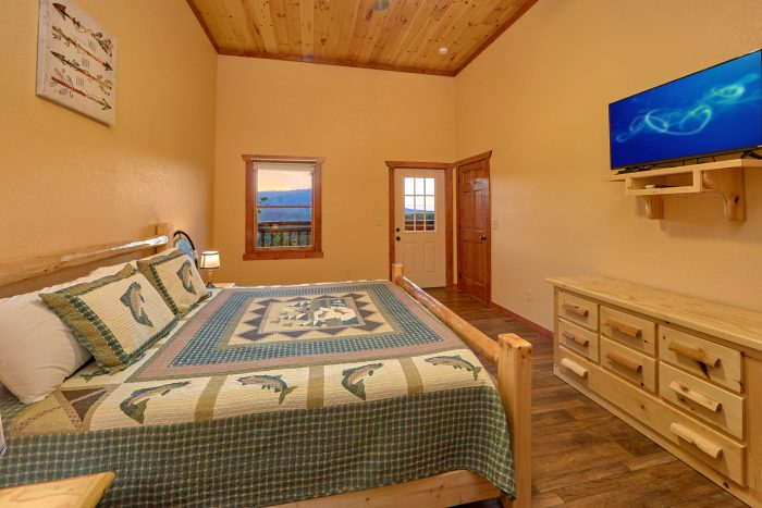 6 Bedroom Cabin with 2 Lower-Level King Bedrooms - Swimmin' In The Smokies