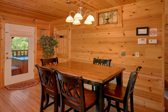 2 Bedroom Cabin with Full Kitchen - Swimming Hole