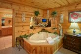 Cabin with 2 Bedrooms, 2 Bathrooms and Jacuzzi