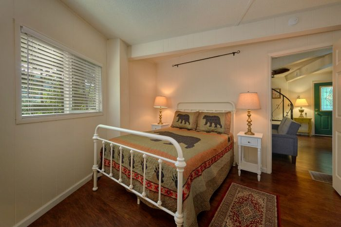 3 Bedroom Cabin 1 Main Floor 2 Lower Level - The Birds Nest