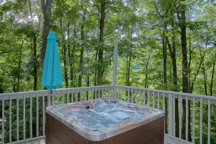 Private Hot Tub Gatlinburg 3 Bedroom Cabin - The Birds Nest