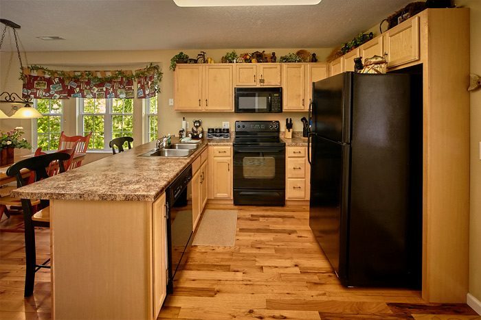 Vacation home with overstocked kitchen - The Chocolate Moose