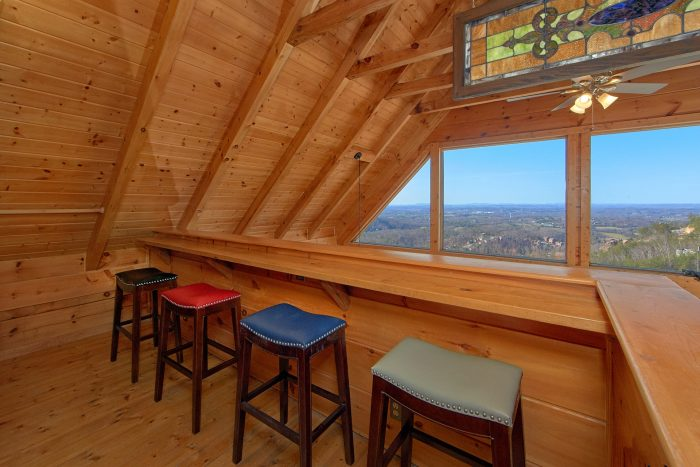 1 Bedroom 2 Bath Cabin Sleeps 4 - The Overlook