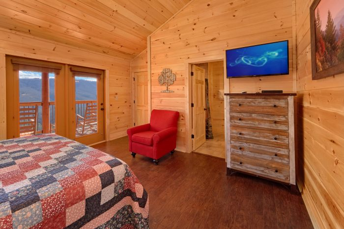 Smoky Mountain Cabin with King Beds - TrinQuility View