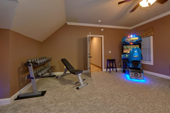 5 bedroom cabin with exercise equipment - Bluff Mountain Lodge