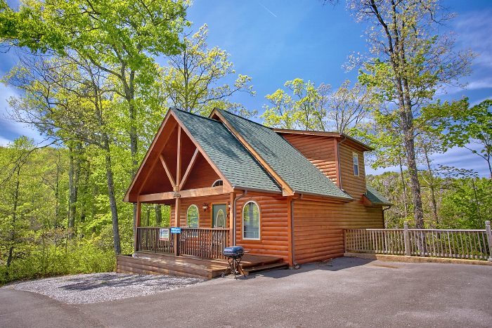 Wild kingdom 1 bedroom chalet village honeymoon cabin - 3 bedroom cabins in gatlinburg tn cheap ...