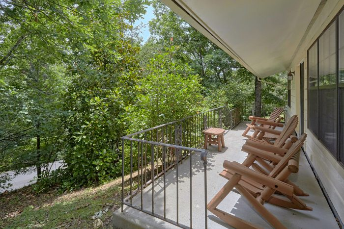3 Bedroom Rental with Deck, Hot Tub and Fire Pit - Wildcat Ridge