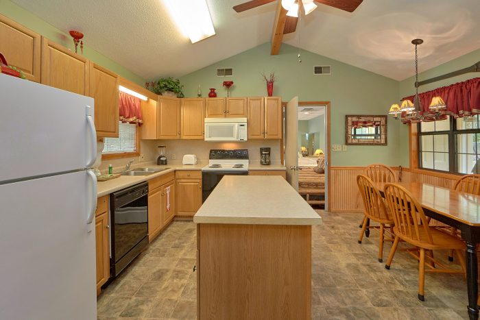 Vacation Rental Home with Fully Stocked Kitchen - Wildcat Ridge