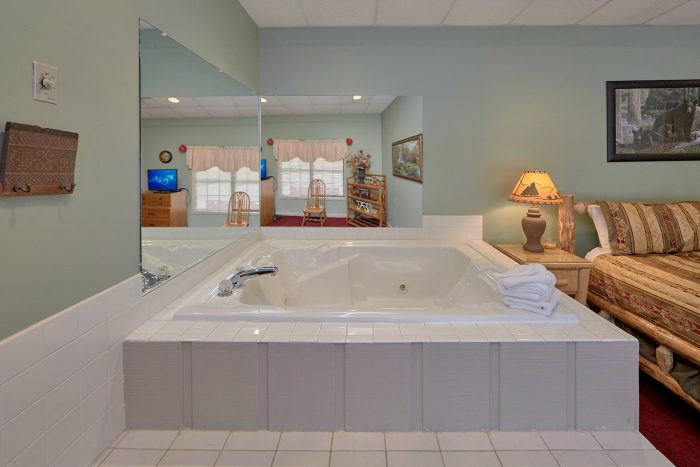 3 Bedroom Chalet with Jacuzzi in Master Bedroom - Wildcat Ridge