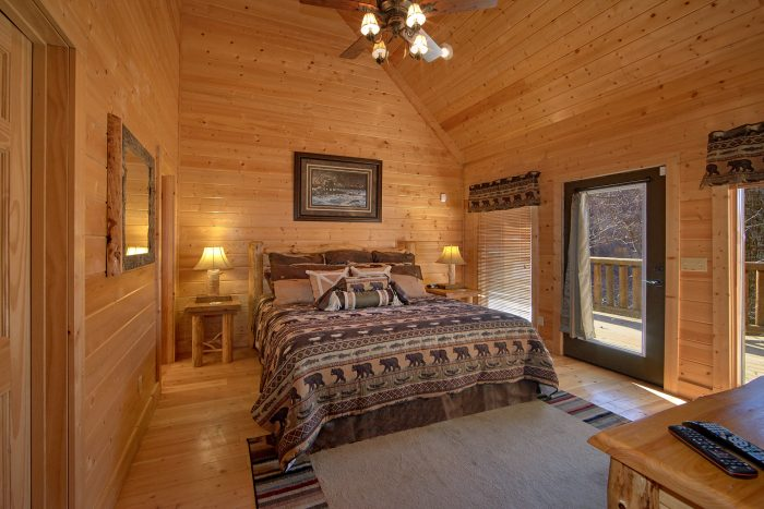 6 Bedroom Cabin with King Master Bedroom - Wilderness Lodge