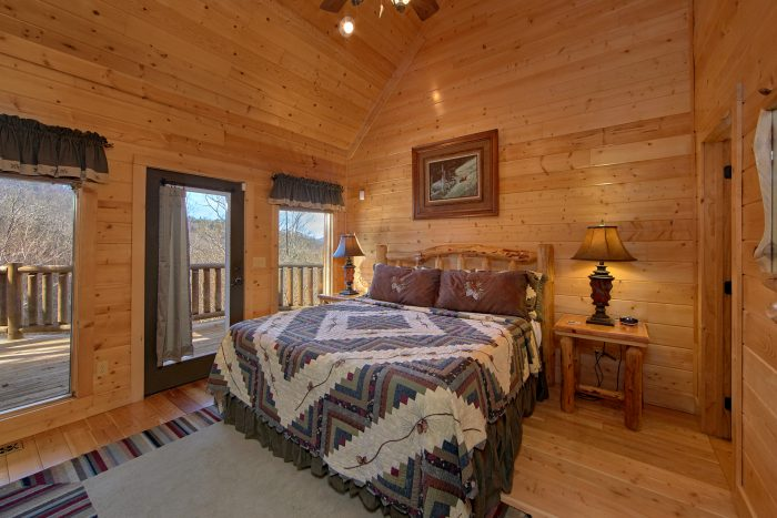 King Suite with Mountain Views from deck - Wilderness Lodge