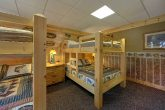 Group Size Cabin with 2 Sets of Queen Bunk Beds