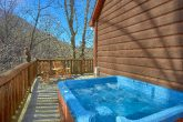 Premium 6 Bedroom Cabin with Hot Tub on Deck