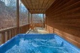 6 Bedroom Cabin with 2 Private Hot Tubs