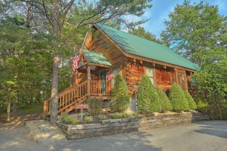 Smoky Mountain High: 1 Bedroom Gatlinburg Cabin Rental