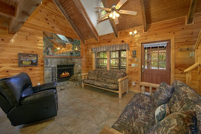 3 bedroom cabin near downtown pigeon forge tn
